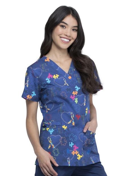 Bluza medyczna damska o wzorze PYHT